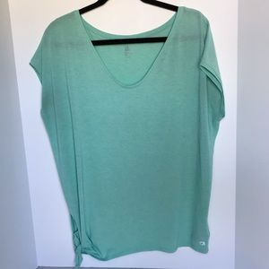 Gap Fit Breathable Shear Work Out Shirt Size Med
